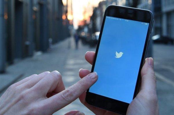 پیام های خصوصی کاربران توئیتر حذف نمی شوند